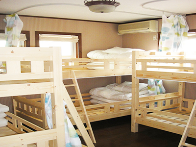IZA Kamakura Guesthouse-Dormitory Room for Men & Women